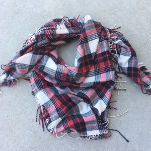 NWOT: Madewell Oversized Plaid Blanket Scarf
